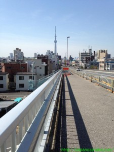 2014_04_12 02 新四つ木橋からスカイツリーを