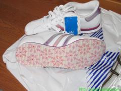 2009_04_25 かみさんの靴の底。.JPG